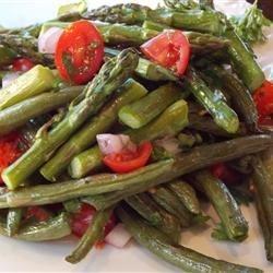 طرز تهیه سالاد مارچوبه و لوبیا سبز