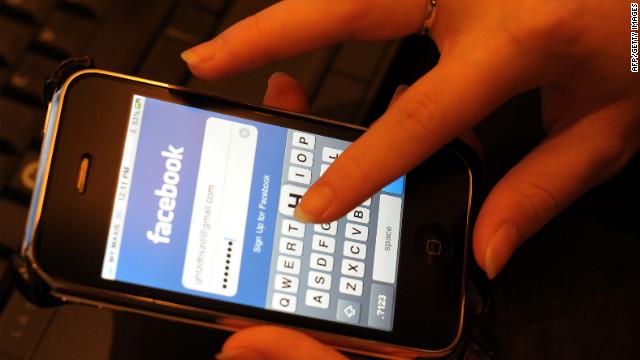 120214025045-facebook-login-story-top