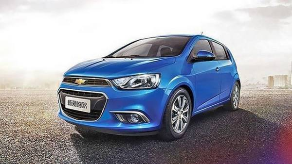 2016-Chevy-Sonic-Review-and-Redesign
