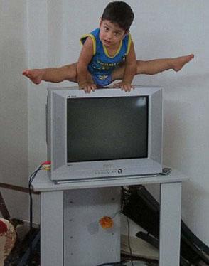 آرات پسر ایرانی در رسانه های غربی+تصاویر