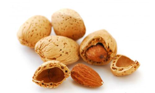بادام,منابع پروتئین گیاهی