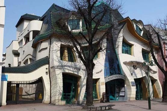 معماری های عجیب