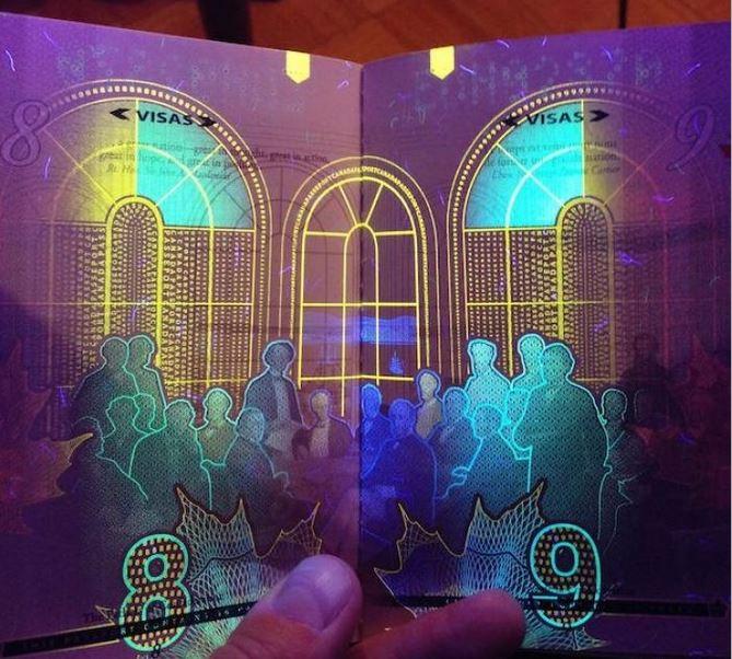 خلاقیت در پاسپورتهای جدید کانادایی!/عکس