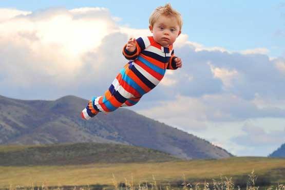 بچه ای که پرواز میکند