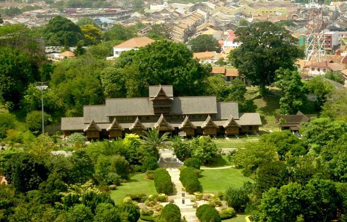 جاهای دیدنی ملاکا مالزی,کاخ سلطان ملاکا-malacca_sultanate_palace