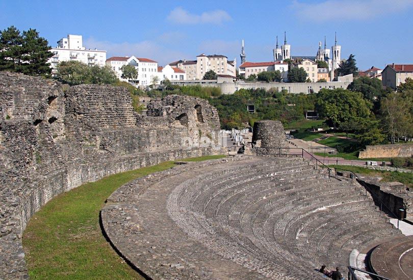 تئاتر رومی فورویر