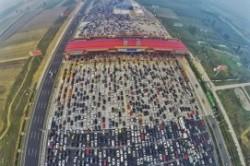 اتوبانی در چین با عرض 50 باند +عکس