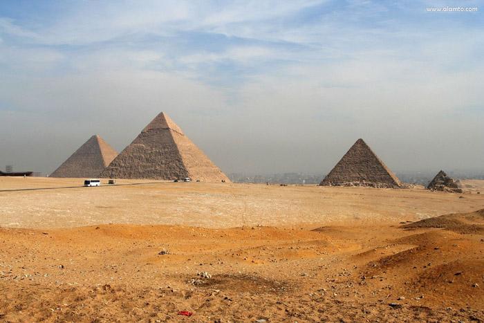 اهرام جیزه-Pyramids