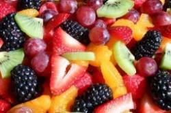 طرز تهیه سالاد میوه کامل مخصوص شب یلدا