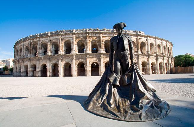 خرابه های عجیب و دیدنی در سراسر دنیا,17-arena-nimes-france