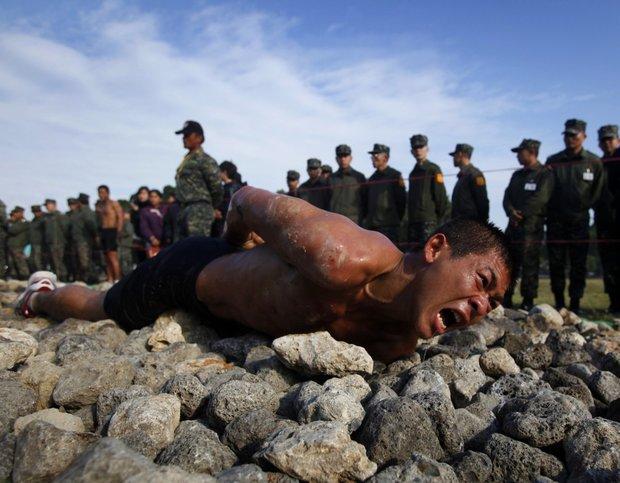 تمرینات سخت نظامی