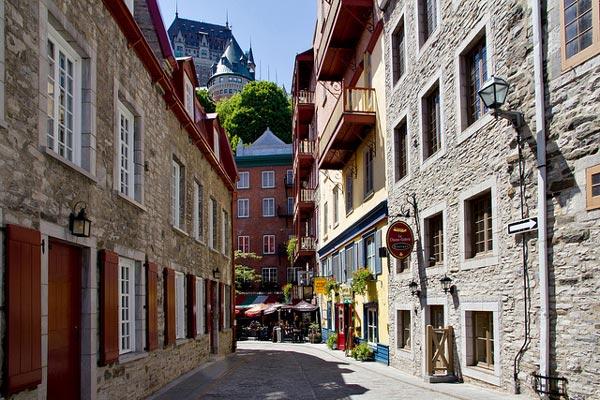 2 Vieux Quebec برترین جاذبههای توریستی کانادا