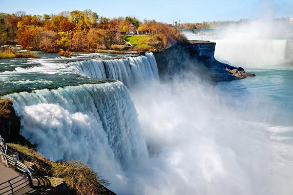 4 Niagara Falls برترین جاذبههای توریستی کانادا