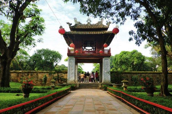 مسافرت با بودجه کم,شهر هوشی مین و هانوی- ویتنام-Ho-Chi-Minh-City-and-Hanoi,-Vietnam