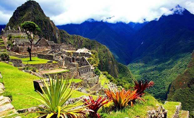 ارزان ترین مقاصد گردشگری جهان,Machu-Picchu-in-Peru
