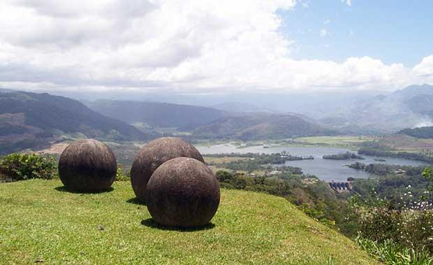 Stone.spheres.640.1414,رموز آثار باستانی