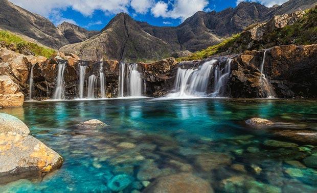 جاهایی که قبل از مرگ باید دید,حوضچه های سحرآمیز جزیره ی اسکای