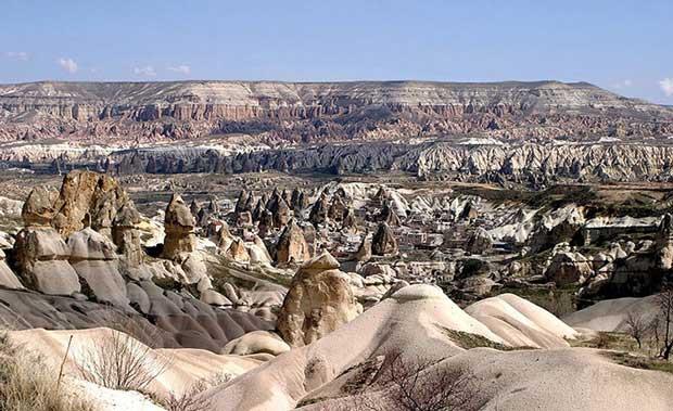عجیب ترین جاذبه های گردشکری دنیا,cappadocia-2