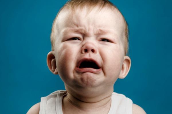 گریه بچه crying-baby