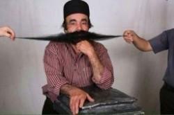 رکورد درازترین سبیل جهان در دستان یک بوشهری+عکس