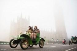 مسابقه جالب خودروهای قدیمی+عکس