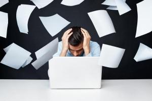 مشاغل افسردگی زا stressed-worker