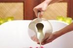 چگونه یک حمام شیر خانگی درست کنیم؟