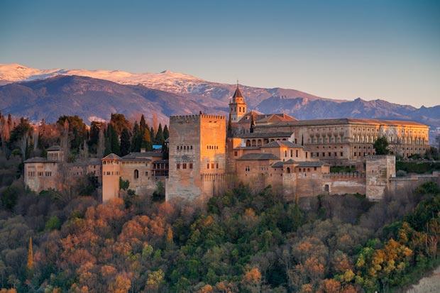 الحمرا-Alhambra