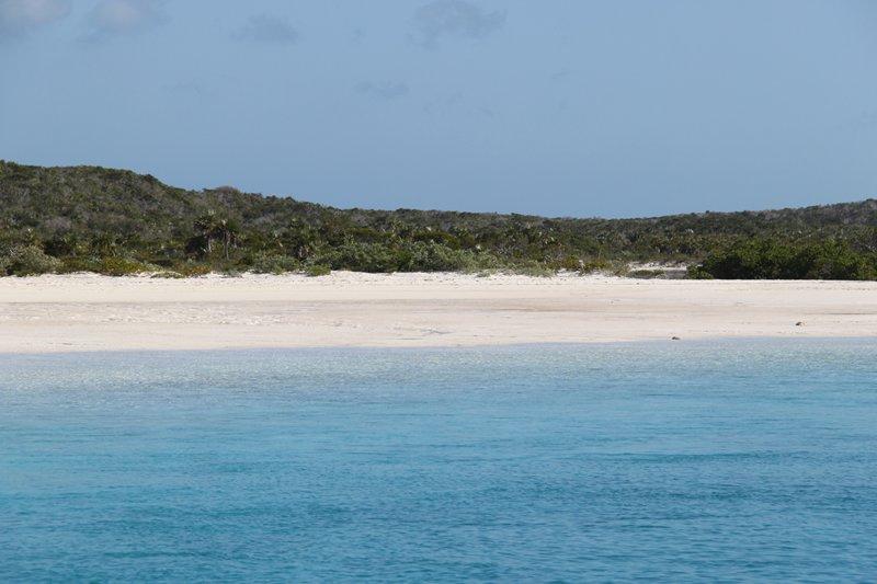 10 جزیره ای که شما می توانید صاحب آن باشید . (حتی اگر Larry Ellison نباشید)