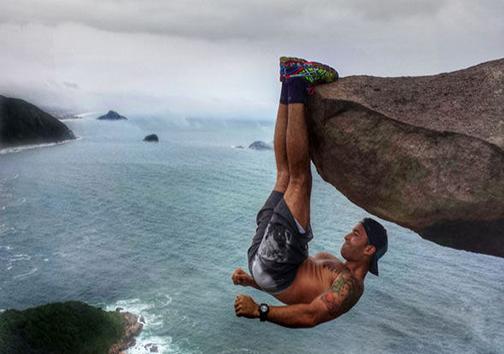 حرکات ورزشی خطرناک در مناطق کوهستانی + تصاویر