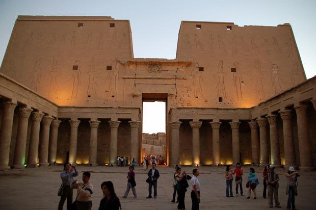 معبد ادفو-Temple-of-Edfu