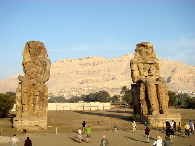 Colossi-of-Memnon