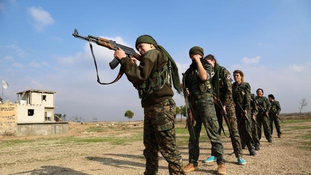 دختران مسیحی در نبرد با داعش