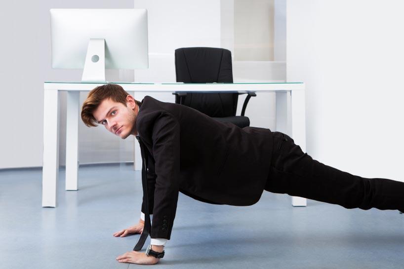 ورزش در محل کار exercise-office