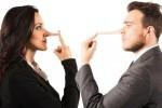 آیا مجازیم در رابطه عاشقانه دروغ بگوییم؟