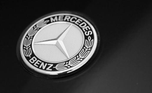 mercedes-benz-badge