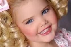 صنعت پنج بیلیون دلاریِ مسابقات زیبایی کودکان + عکس