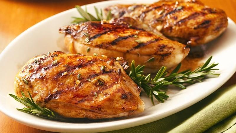 مرغ کبابی grilled-chicken-breast