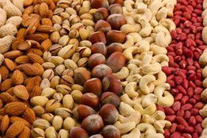 تنقلات غنی از پروتئین nuts-high-protein-foods