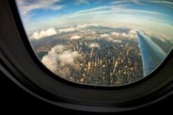 دلیل بیضی بودن پنجره هواپیما چیست؟