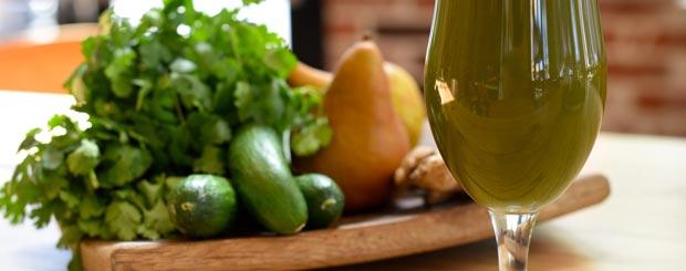 طرز تهیه آب سبزیجات تازه