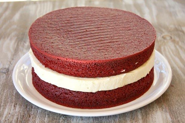 کیک قرمز مخملی در ایران