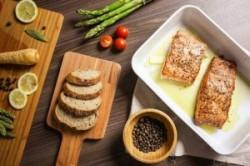 بهترین خوراکیها برای مبارزه با افسردگی و اضطراب