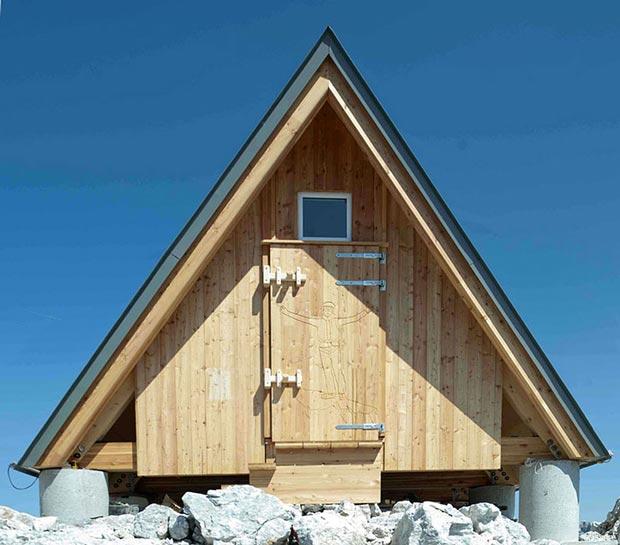 mountain-hut-house-2