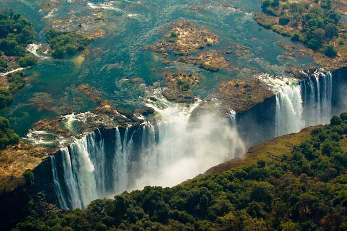 خطرناک ترین جاذبه های گردشگری دنیا,آبشار ویکتوریا