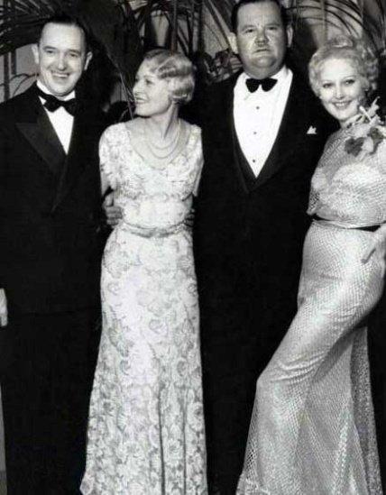 لورل و هاردی در کنار همسران شون