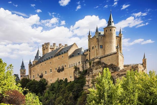قصر آلکازار سگوویا-alcazar_of_segovia
