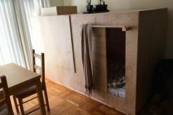 زندگی در یک اتاقک چوبی کوچک!+عکس