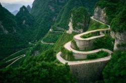 با خطرناکترین جادههای دنیا آشنا شوید+عکس