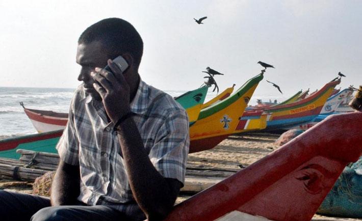 حقه های افراد محلی برای گول زدن گردشگرها,Fake-Phone-call
